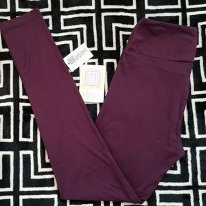 NEW PRINT LLR Tall and Curvy Leggings Solid Wine